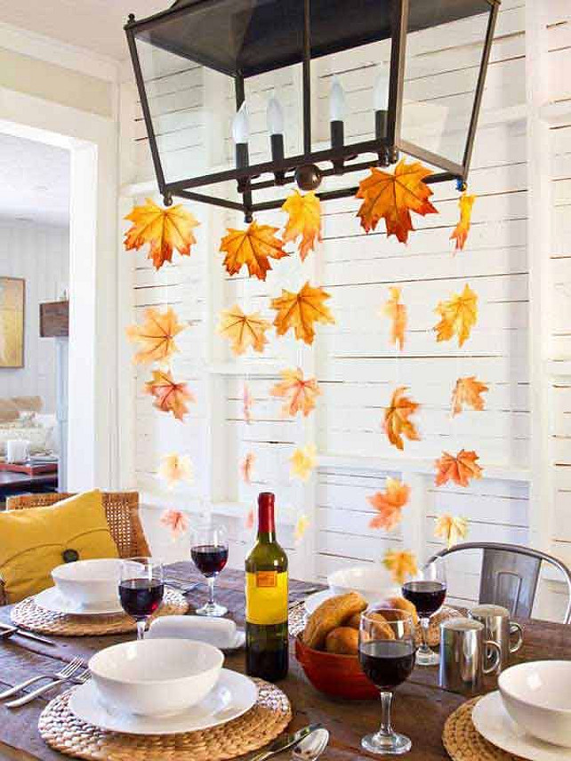 Affordable Suspended Thanksgiving centerpiece, DIY Decor Ideas for Thanksgiving.