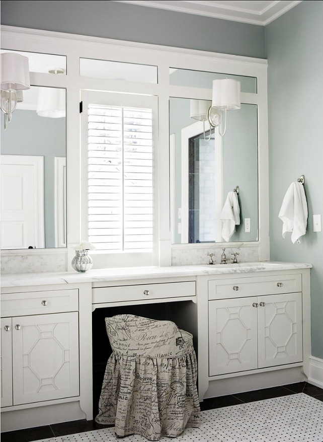 Bathroom. Bathroom Design. Great Traditional Gray Bathroom. Paint Color is Benjamin Moore  HC-147 Woodlawn Blue . #Bathroom #GrayPaintColor