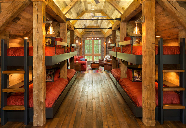Bunk Room Ideas. Bunk Room Guest House with rustic decor ideas. #BunkRoom #BunkRoomIdeas #BunkRoomDecor #BunkRoomDesign