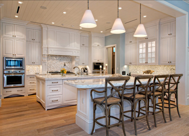 Kitchen. Coastal Kitchen. Kitchen Ideas. White coastal kitchen with marble.