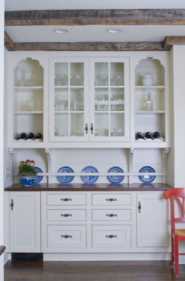 Butler's Pantry. Butler's Pantry Design Ideas. Traditional Butler's Pantry Design. #ButlersPantry Bradley E Heppner Architecture, LLC.