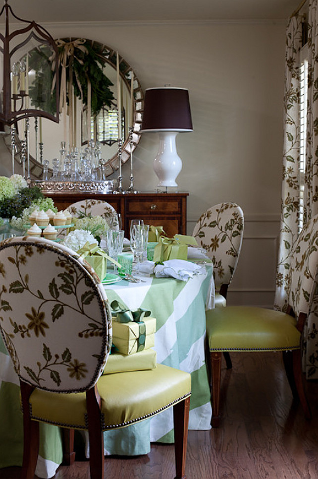 Christmas Dining Room Decor Ideas. #ChristmasDiningRoomDecor Tobi Fairley Interior Design.