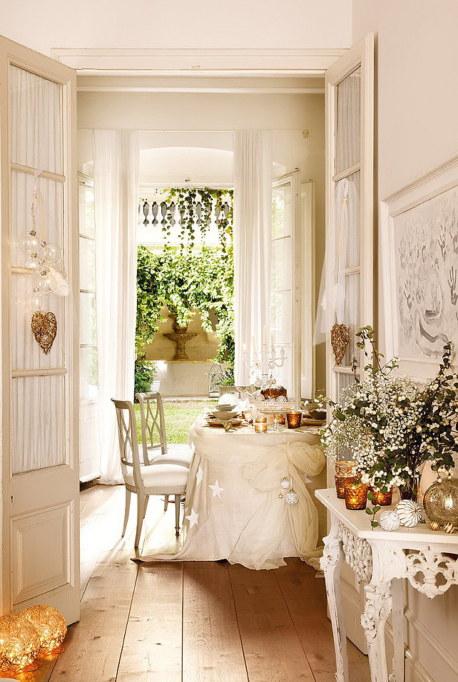 Christmas Dining Room Decorating Ideas. #Christmas ElMueble via Nicety.