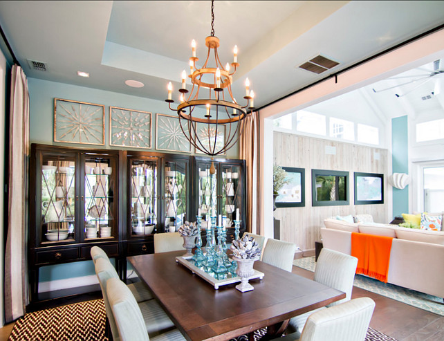 Dining Room. Dining Room Decor. Beautiful coastal dining room. #DiningRoom #DiningRoomDecor #CoastalInteriors