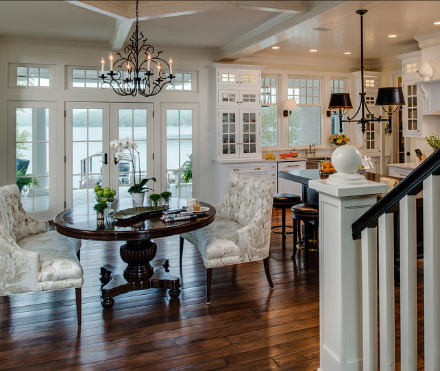 Color Choices For Home Interiors: Coastal Home With Traditional Interiors