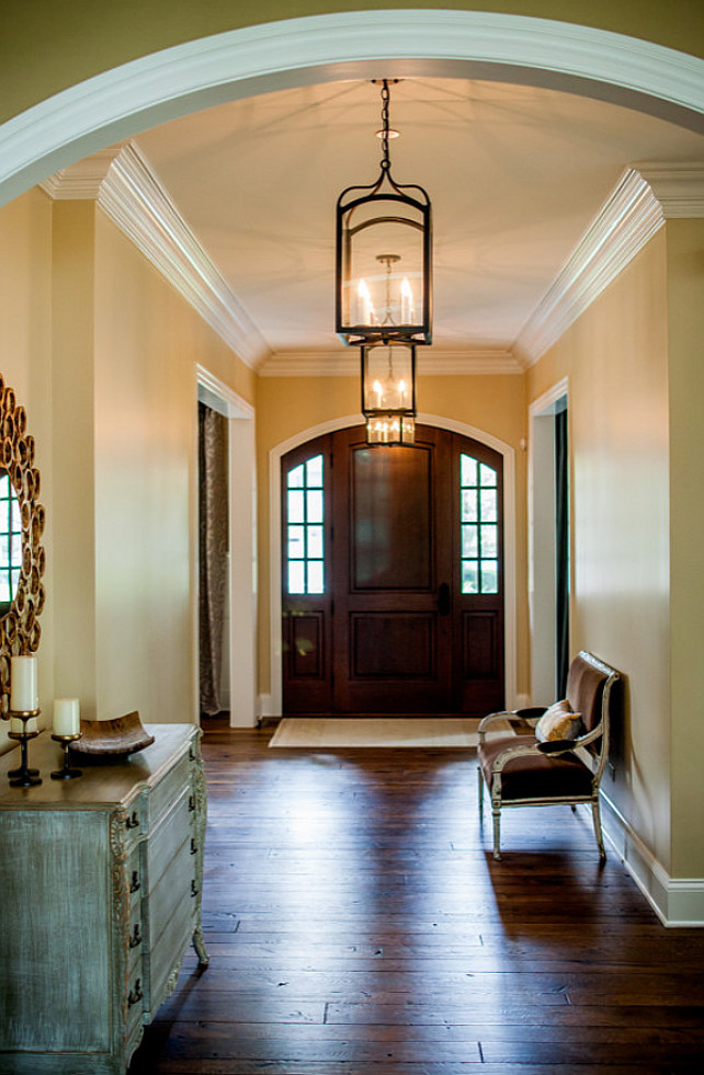 Entryway Foyer Design Ideas. Classy entryway foyer with inspiring decor and paint color. Lantern Pendants are from Italy.#EntrywayFoyer #Entryway #Foyer #Interiros