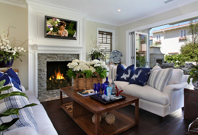 Family Room. Family Room Design. Family Room Decor Ideas. #FamilyRoom #FamilyRoomDesign #FamilyRoomIdeas Fleming Distinctive Homes.