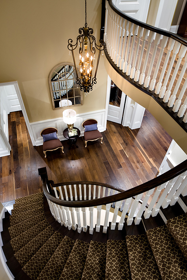 Foyer. Traditional Foyer and Staircase Ideas. #Foyer #Staircase #TraditionalInteriors Designed by Jane Lockhart.