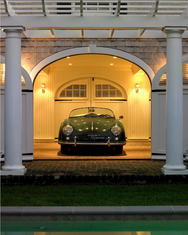 Garage Design. Classic antique car in a dream garage. #Garage #GarageDesign #Cars