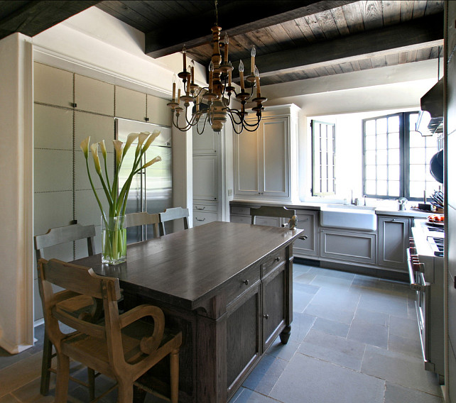 Gray Kitchen Ideas. Gray Transitional Kitchen Design. #GrayKitchen #TransitionalKitchen
