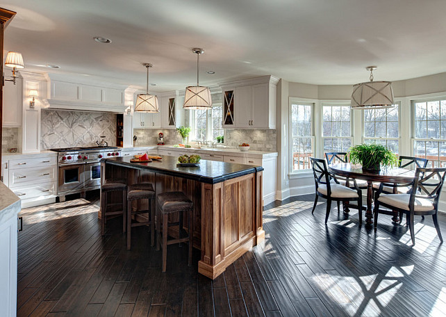 Traditional Kitchen. Kitchen and breakfast nook. Jane Kelly, Kitchen and Bath Designer.