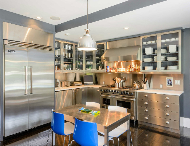Kitchen. Kitchen Ideas. Modern Industrial Steel Kitchen. Stainless Steal Kitchen Cabinets. #Kitchen #IndustrialKitchen #ModernKitchen #SteelKitchen