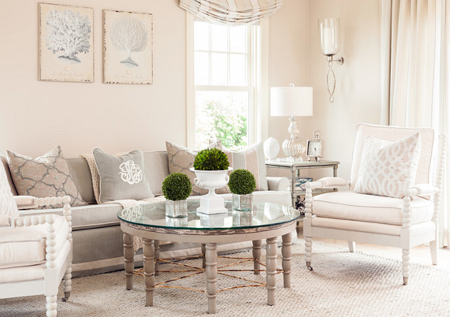 Living Room Decorating Ideas. This living room has a very soft color palette coming from thow pillows and custom window treatment. #LivingRoom #LivingRoomDecor #LivingRoomDecorIdeas #LivingRoomDesign