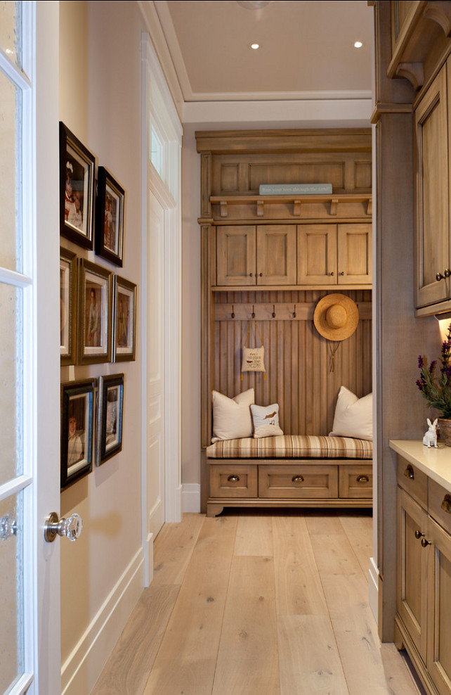 Mudroom Cabinet Ideas. #Mudroom #MudroomCabinet Busby Cabinets.