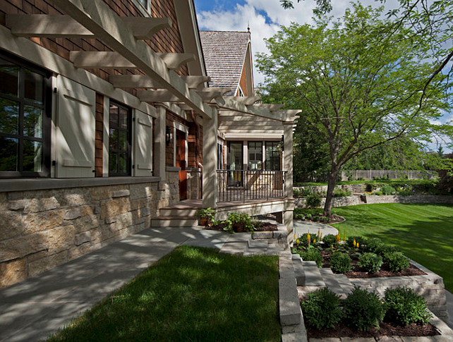 Patio. Patio Ideas. Great traditional patio design. #Patio