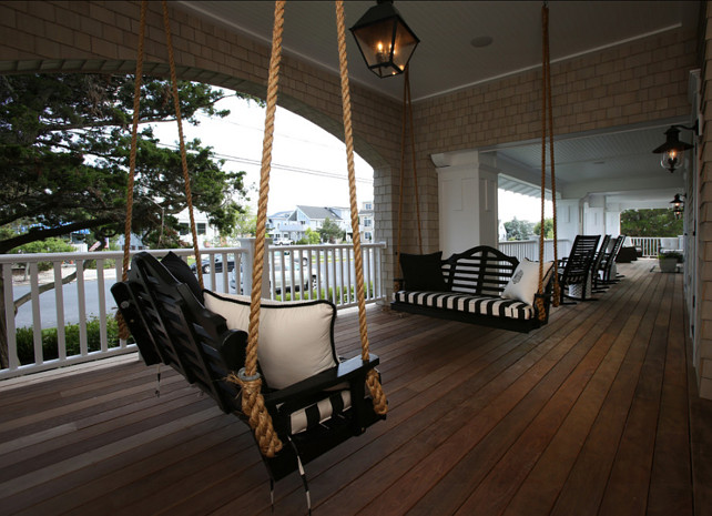 Porch. Swing Porch. Great ideas for front porch swing. #PorchSwing.