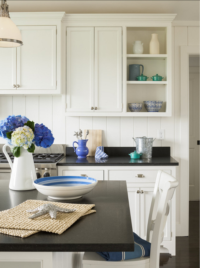 Kitchen Decor Ideas. Kitchen with Blue & White Decor. #Kitchen #KitchenDecor #Blue&WhiteDecor