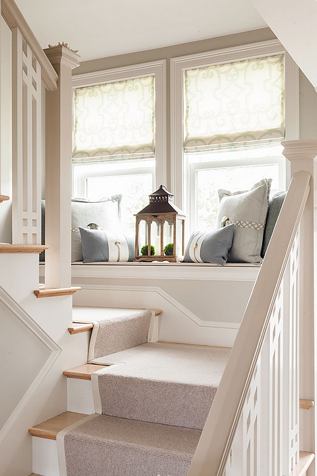 Staircase with window-seat. Great ideas for staircase with window-seat. #Staircase #WindowSeat #WindowSeatDecor