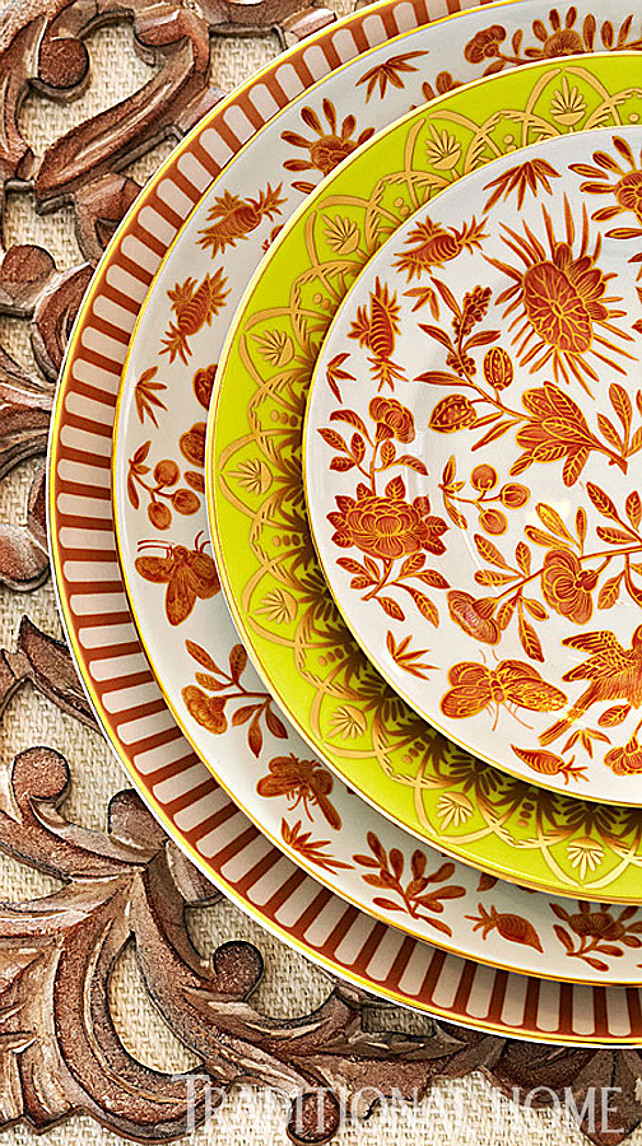 Thanksgiving Table Decor Ideas. Via Traditional Home.