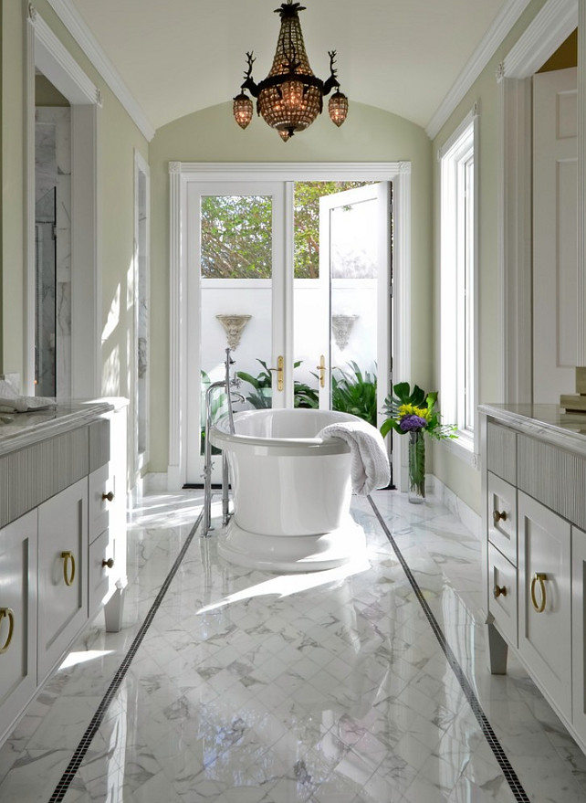 Traditional Bathroom Design. BRADSHAW DESIGNS LLC.