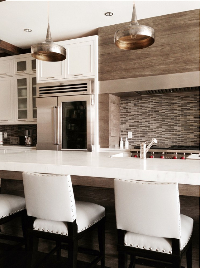 Transitional Kitchen Design. #TransitionalInteriors #Kitchen Designed by Brian Watford ID.