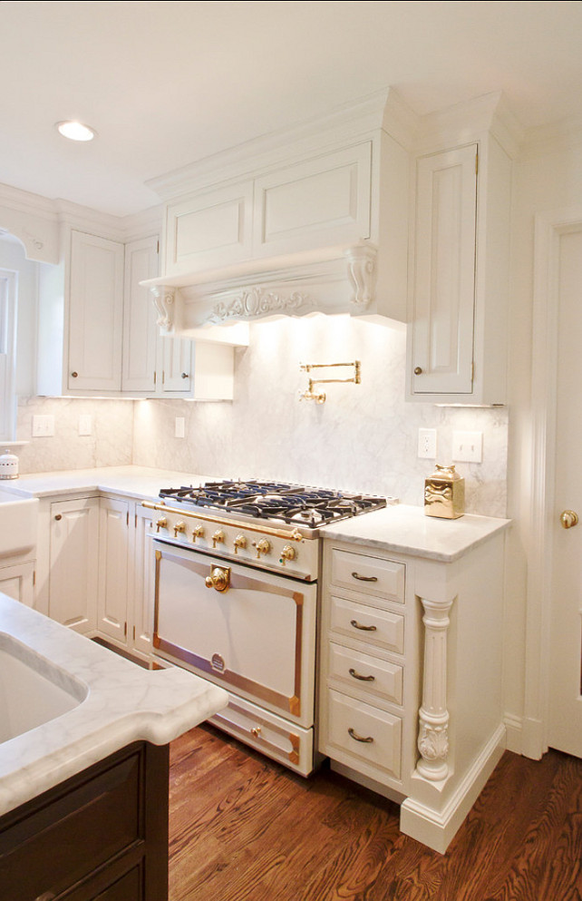 "White Kitchen Cabinet Paint Color Ideas. ""Benjamin Moore cloud white 967"".  #BenjaminMoore #cloudwhite #967. #WhiteKitchenPaintColor  Cameo Kitchens, Inc."