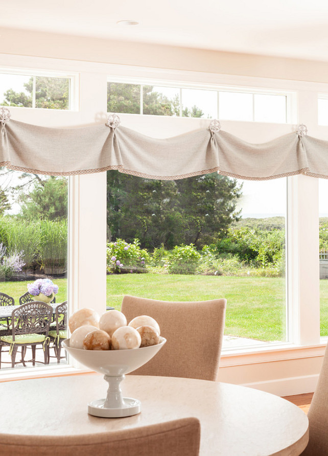 Window Treatment Ideas. Simple and easy window treatment. This is not complicated to do it yourself. #WindowTreatment #WindowShades #windowTreatmentIdeas Casabella Home Furnishings & Interiors.